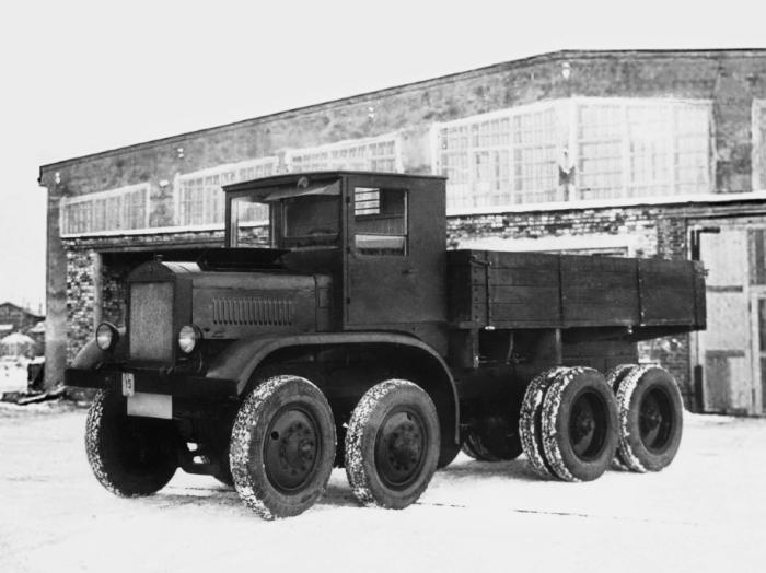 Самые необычные советские многоколесные авто