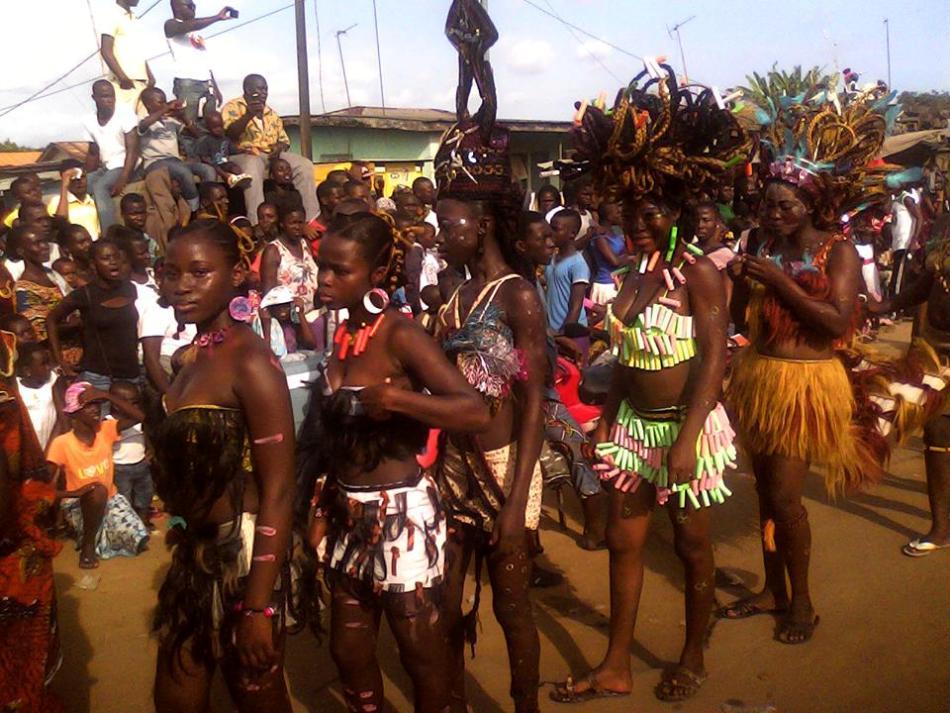 Карнавал Попо Бонуа в Кот-д'Ивуаре