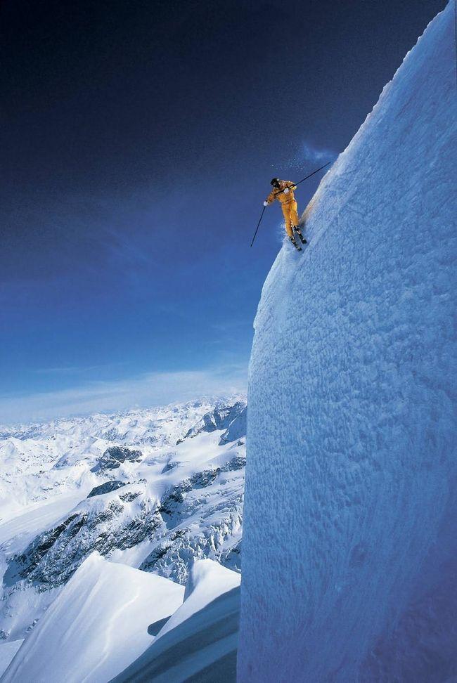 Экстремальный спуск на лыжах в штате Вайоминг. дух, страшно, фотографии