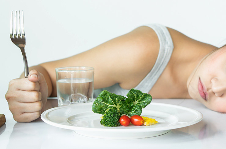 Проблемы со здоровьем, которые могут возникнуть из-за строгих диет