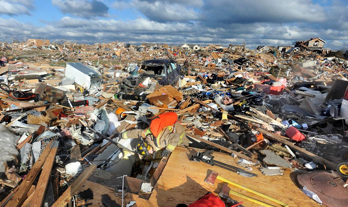 Невероятные фотографии городов, которые пострадали от стихий
