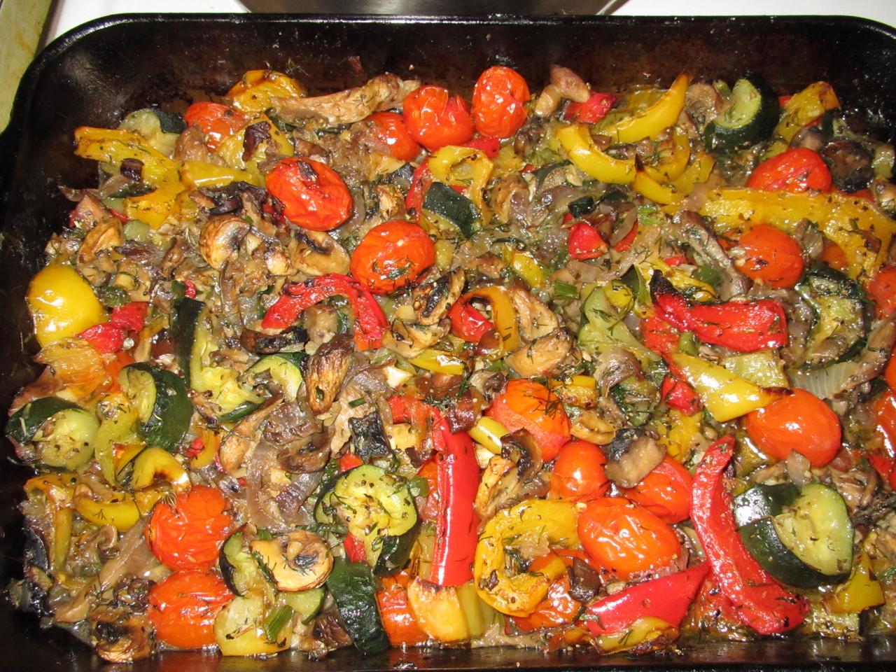 Casserole с грибами, цуккини и болгарским перцем
