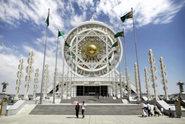 Туркменистан после СССР: Чем живёт самая богатая из бывших советских республик, и что запрещено туркменам