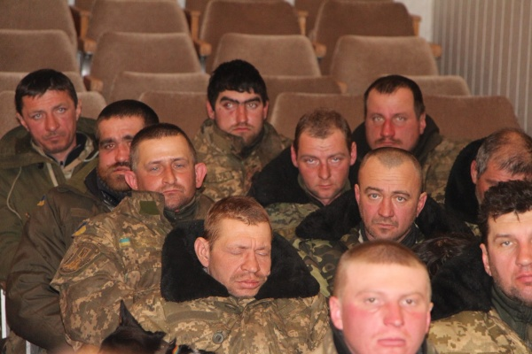 Голодные и немытые солдаты ВСУ с полигона сбежали в прокуратуру