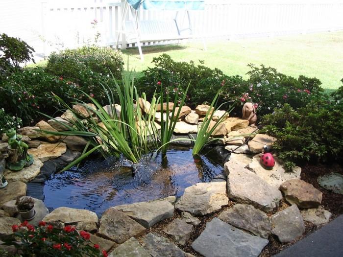 Декоративные водоемы для сада и дачи.