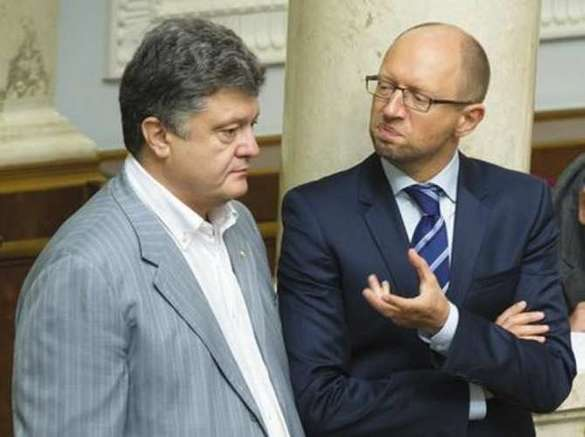 Яценюк снова нарывается на конфликт с Порошенко