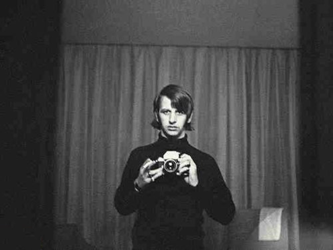 25 звёздных автопортретов за сто лет