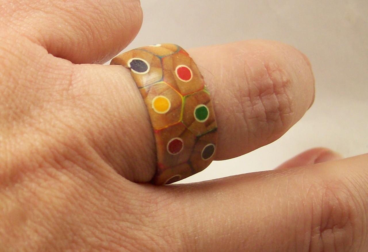 Необычное кольцо карадаш, кольцо