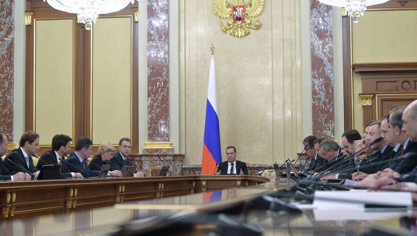 Лукашенко хочет обсудить с Путиным вопрос об авиабазе РФ в Белоруссии
