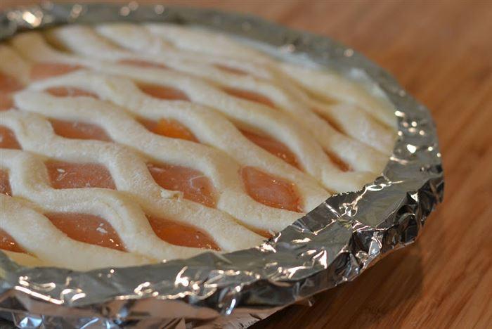 9. Защитить пирог от пригорания совет, фольга, хитрость