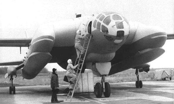 НАТО не в силах обнаружить: «РФ может восстановить секретный самолет СССР. Проект ВВА-14»