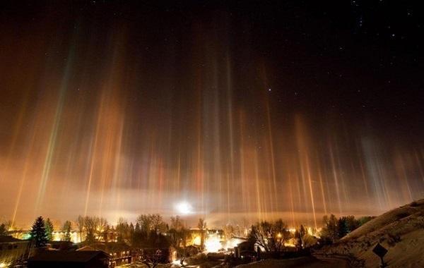 В ночь на Рождество в небе над Пермью появились световые столбы