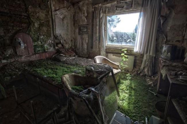 Заброшенный в 90-х годах отель Плаза в Германии заброшенное, природа, разрушение, цивилизация