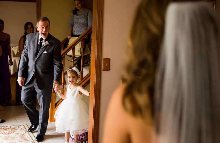 26+ Emotional Fathers Seeing Their Daughters In Wedding Dresses For The First Time