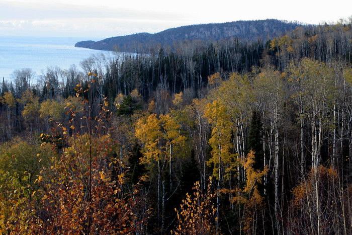 Самый большой водоем в Северной Америке: Верхнее озеро