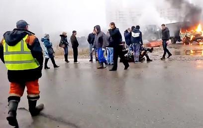 В Петербурге ищут преступников, расстрелявших полицейский УАЗ