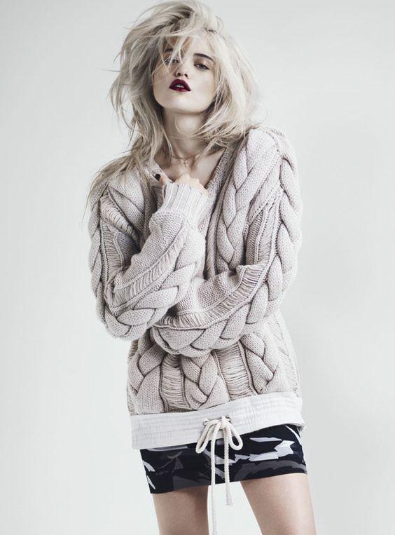 Модное вязание 2018 спицами для женщин и девушек.
