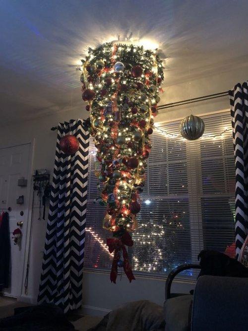 Креативные и прикольные рождественские ёлки. Часть I
