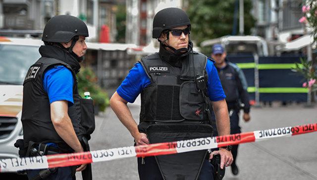 В Швейцарии подросток с топором напал на прохожих