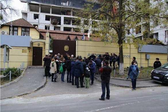 Дипломатическая катастрофа в Молдове: посольство Франции спешно покидает страну!