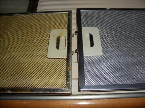 Результат налицо: вытяжка до и после чистки