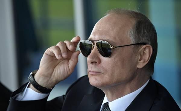 Владимир Путин стал центральным героем новой книги о России, изданной в Китае