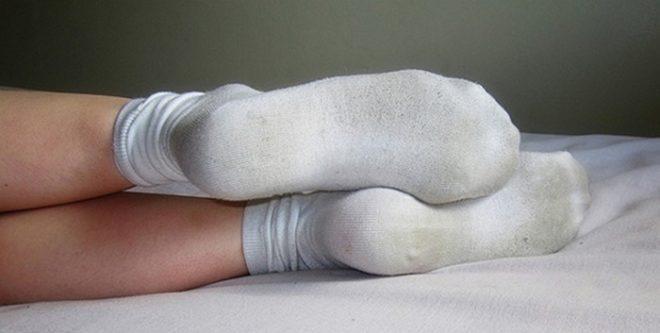 Как вернуть носкам белизну д…