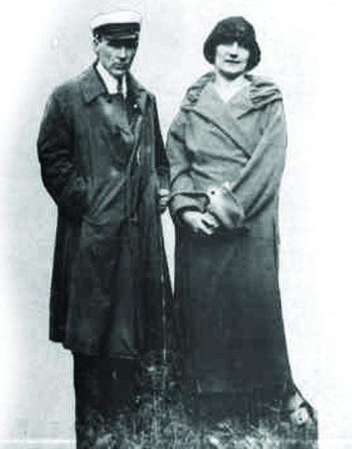 Mihail-Bulgakov-i-Lyubov-Belozerskaya