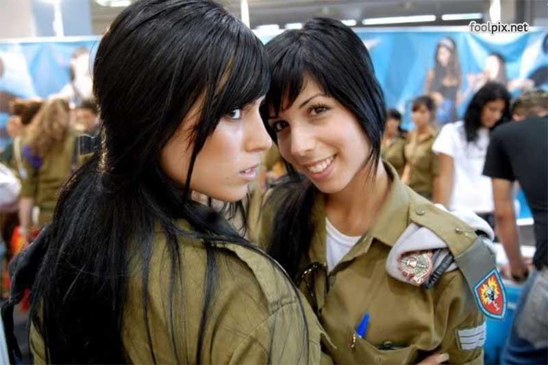 Девушки на службе в армии фото 43