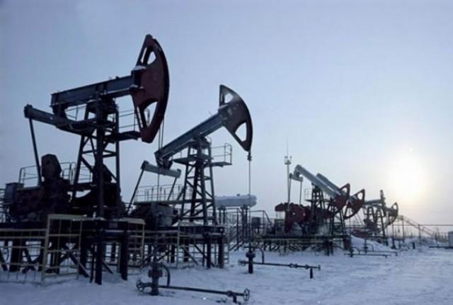 Добыча нефти в РФ снизилась …