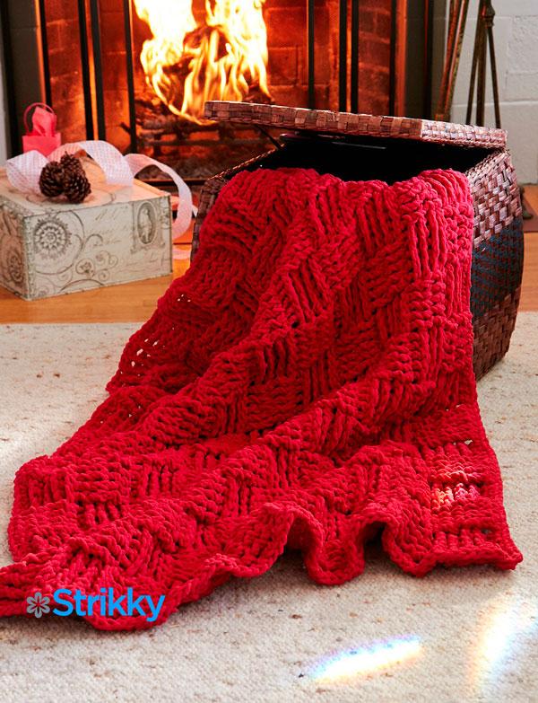 «Плетеный» плед от Bernat «Праздничное настроение»