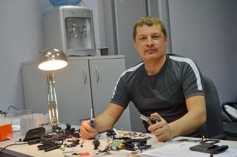 Русские инженеры-электронщики обращаются к читателям «За рулем»