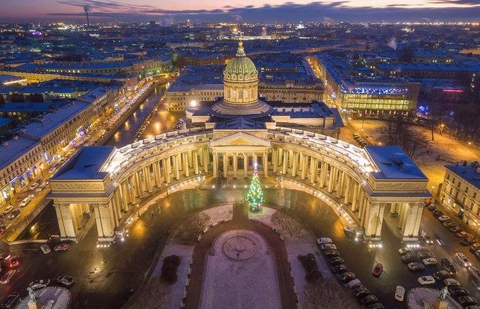 Наш ответ Ватикану: История и легенды Казанского собора