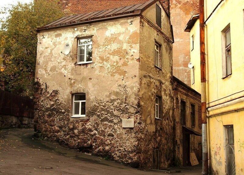 Самый старый жилой дом России выборг, самый старый дом России, старина