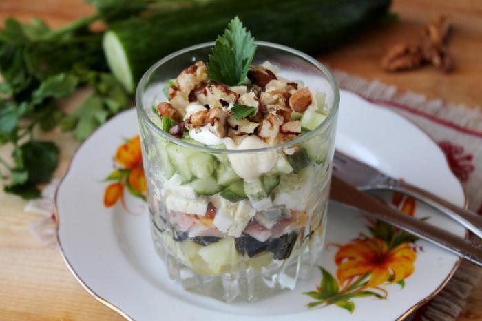 Очень вкусный салат.  Фото: 1000.menu.
