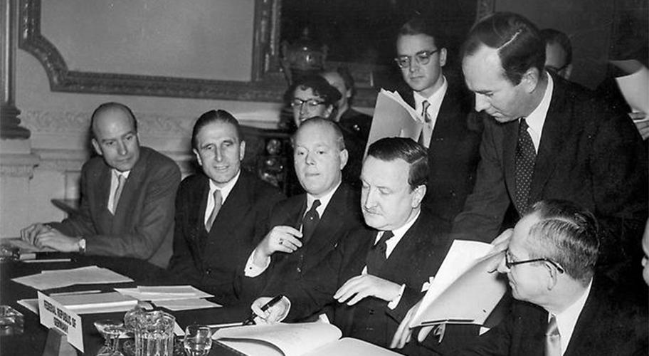 Как Греция простила долг Германии 60 лет назад