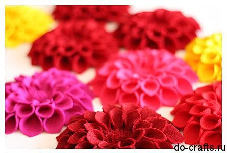 Брошь цветок из фетра 10