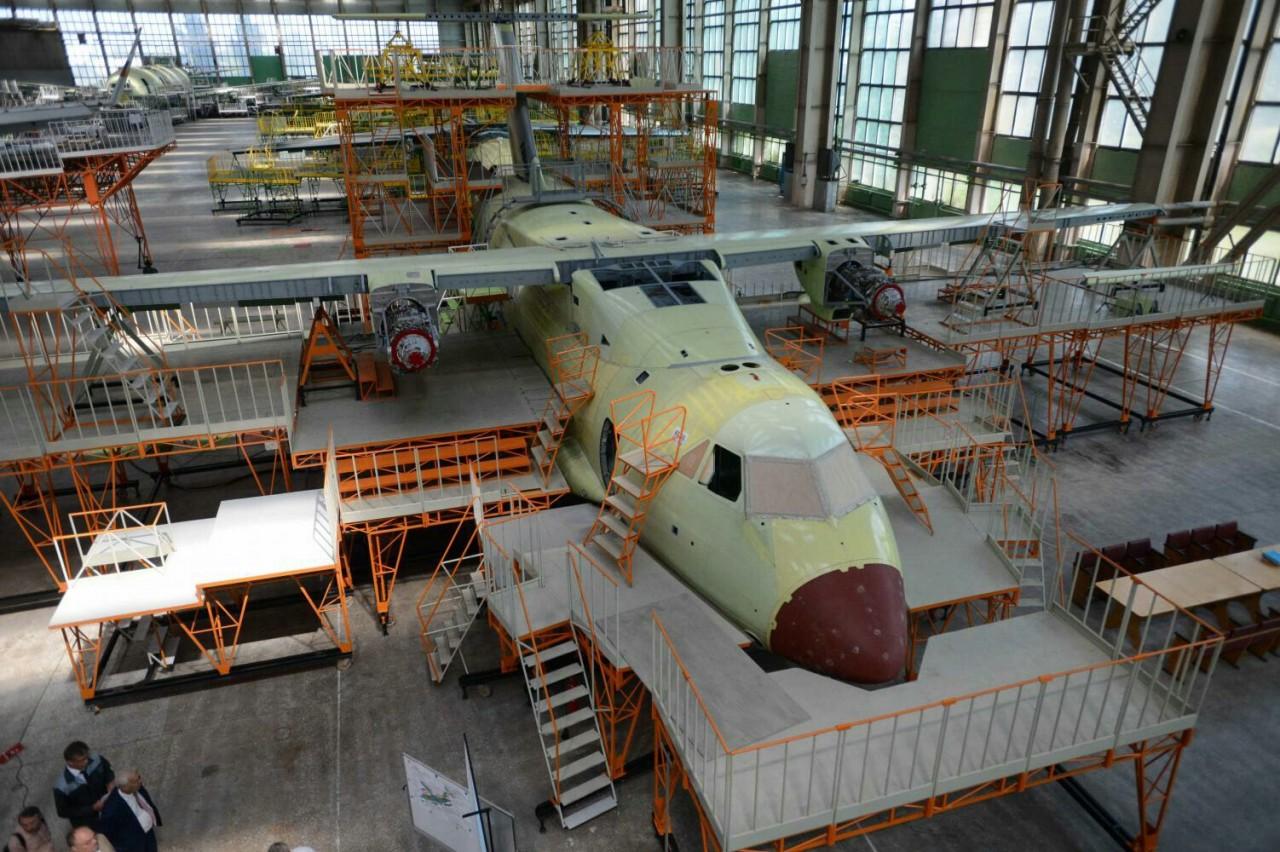 Строящийся первый прототип самолета Ил-112В получил двигатели