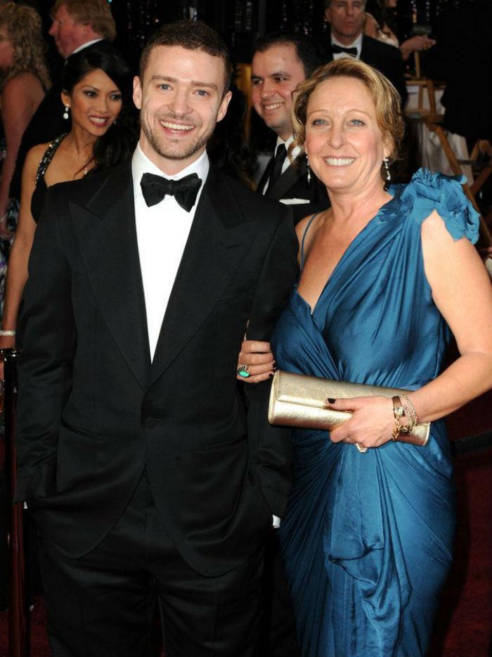 9. Джастин Тимберлейк и Линн Харлесс звезды, мама, фото