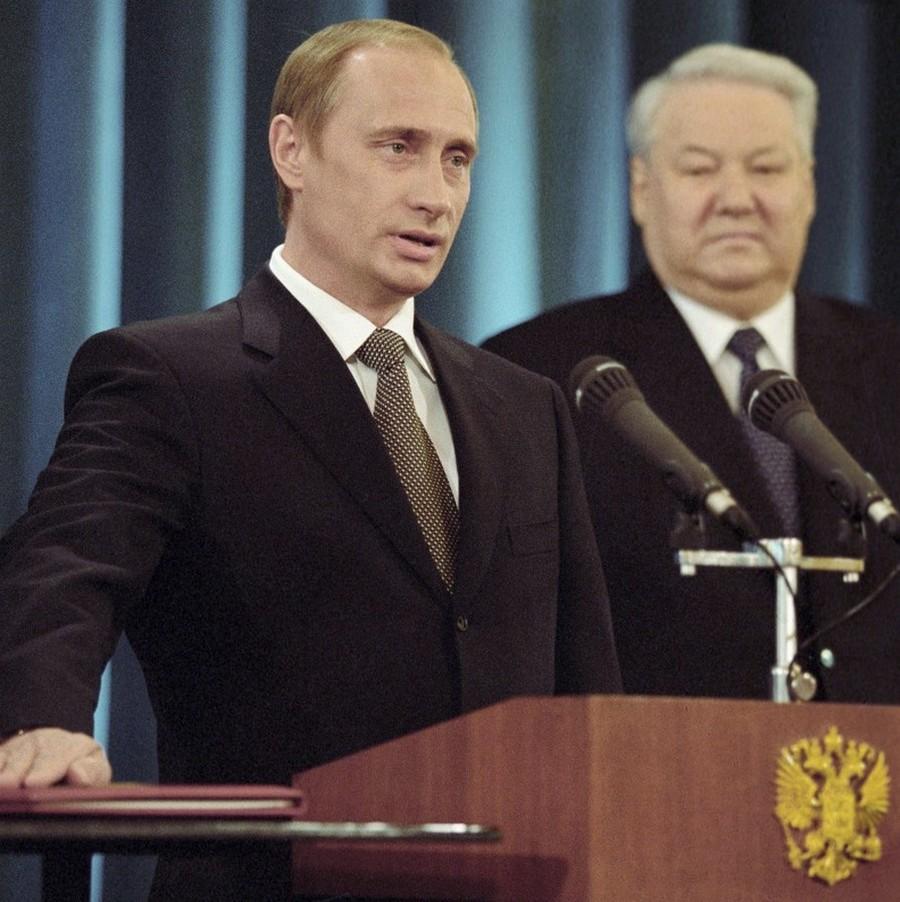 Россия в 2000-е годы. Как жила страна в начале нулевых. История в фото