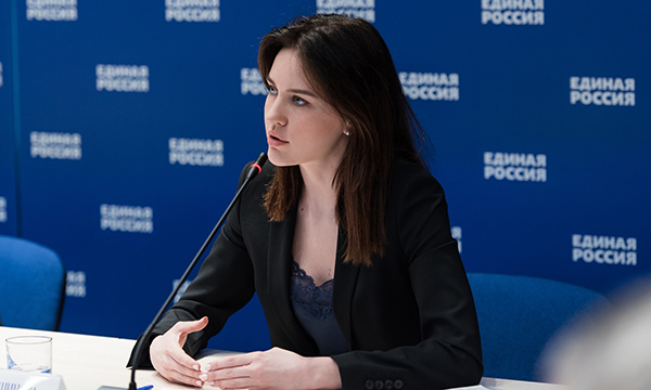 Аршинова: Совместная работа Госдумы и Правительства РФ в сфере образования дает результат