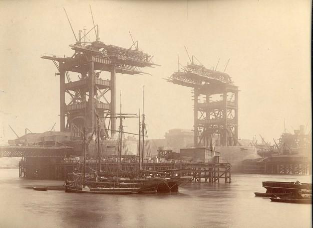 4. Тауэрский мост, Великобритания, 1892 год достопримечательности, здания, старые фото, строительство