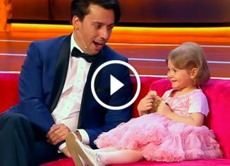 3-летняя кроха читает Пушкина наизусть. Потрясающий ребенок!