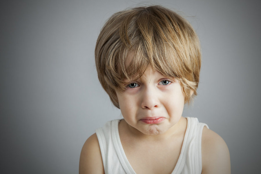 Что делать, если чужой взрослый отчитывает вашего ребенка