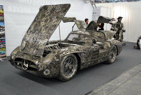 Суперкар Mercedes из металлолома
