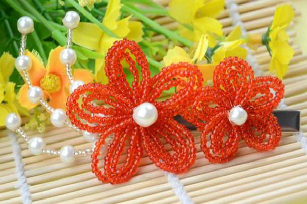 цветы из бисера с пошаговым фото