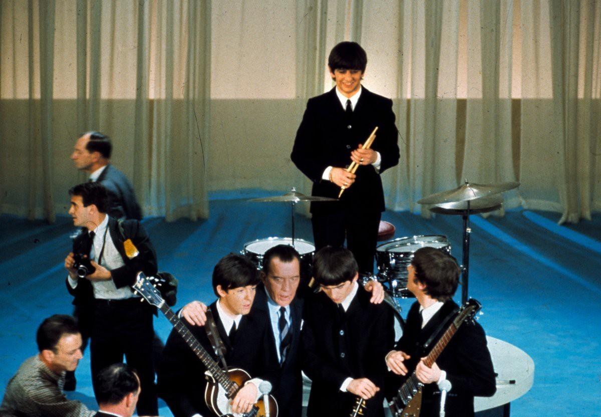 Ливерпульская четвёрка в этот вечер стала невероятно популярна, на шоу были исполнены такие хиты группы как