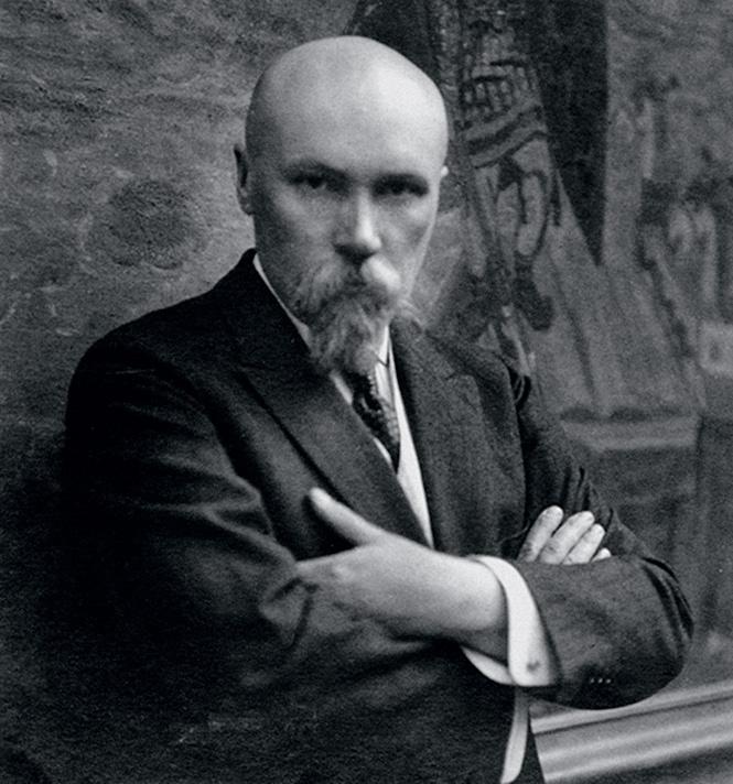 Николай Рерих у картины «Варяжское море». 1921 год