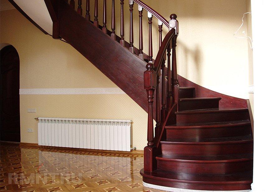 лестница в доме деревянная фото