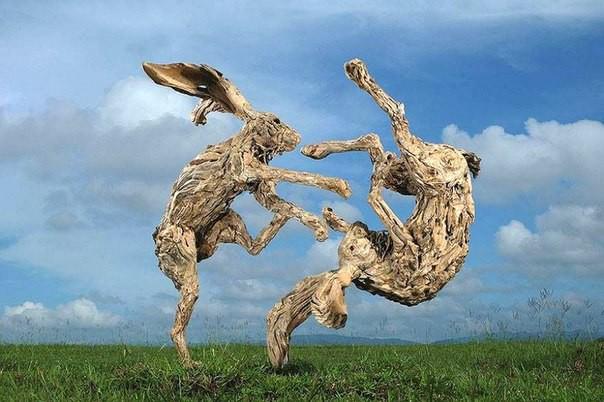 Скульптуры из веток!